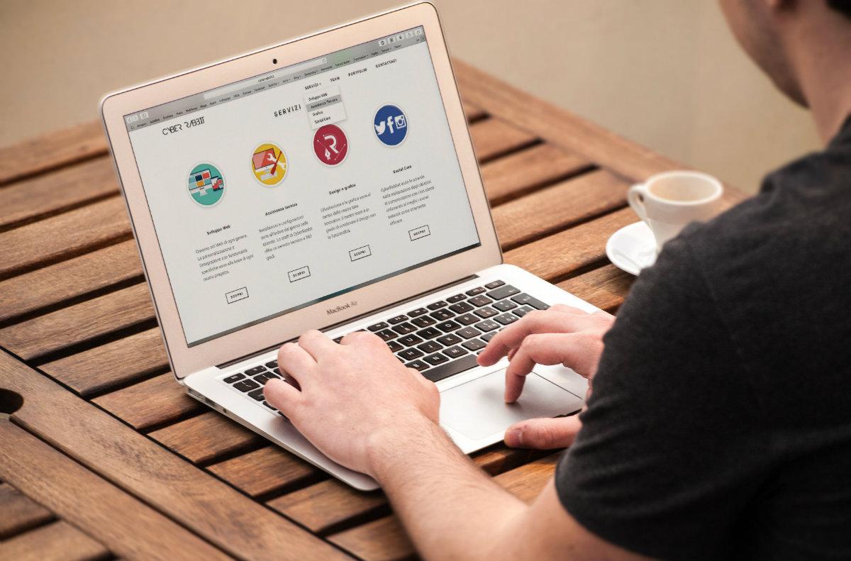 Afinal, existe diferença entre um site e uma loja virtual?
