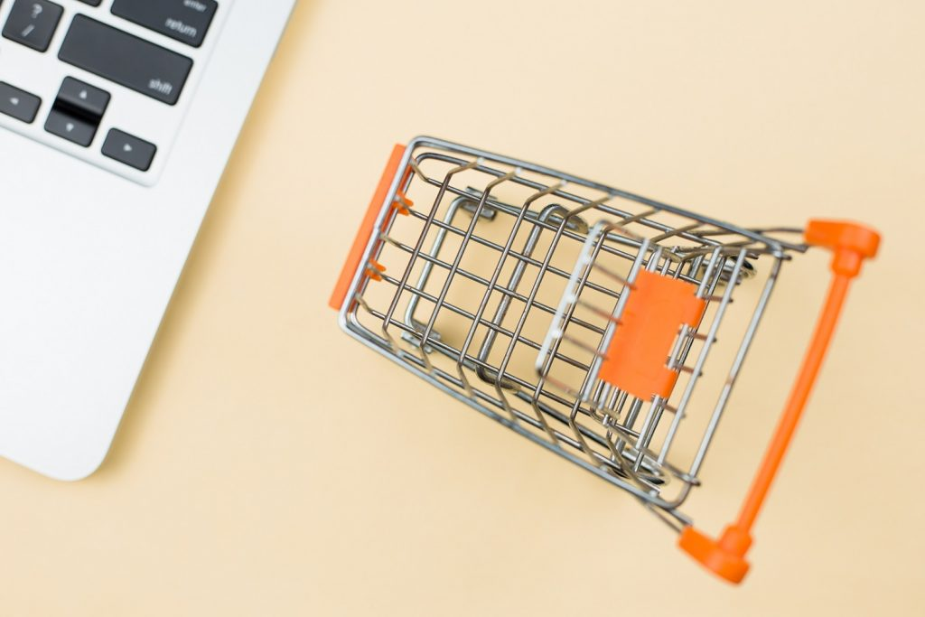 plataforma-de-ecommerce-escolher-melhor-opcao-para-quem-vende-marketplace-climba-commerce